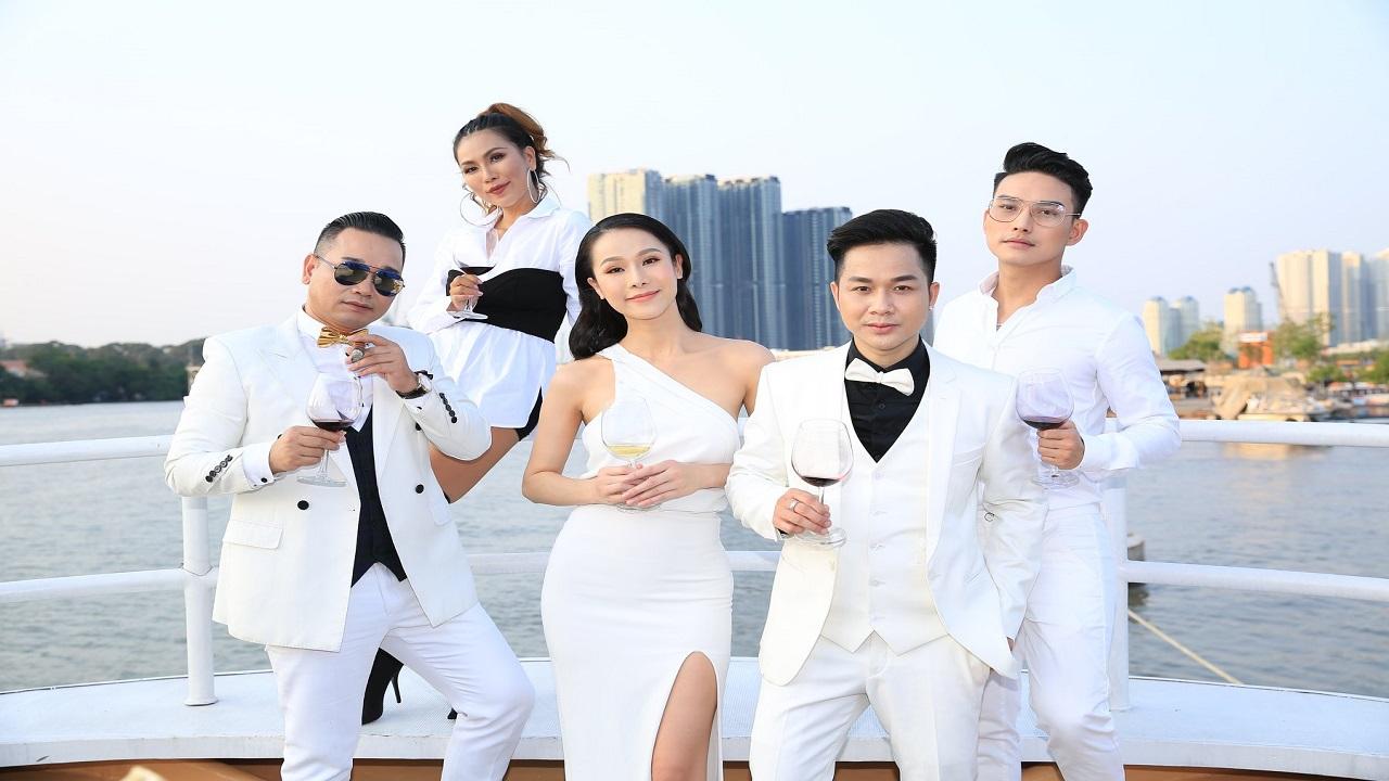 Liên khúc Hong Kong do Quách Tuấn Du thể hiện