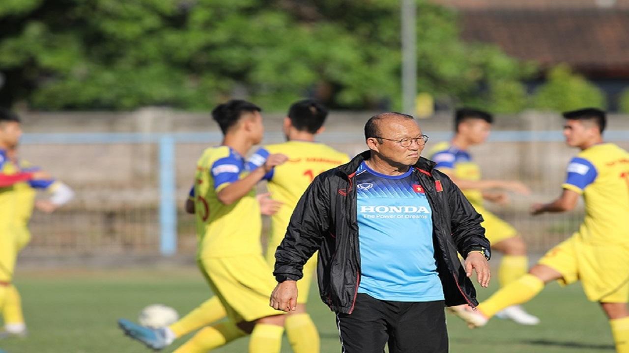Thầy Park trình làng đội hình mạnh chưa từng thấy, quyết chiến UAE, Thái Lan