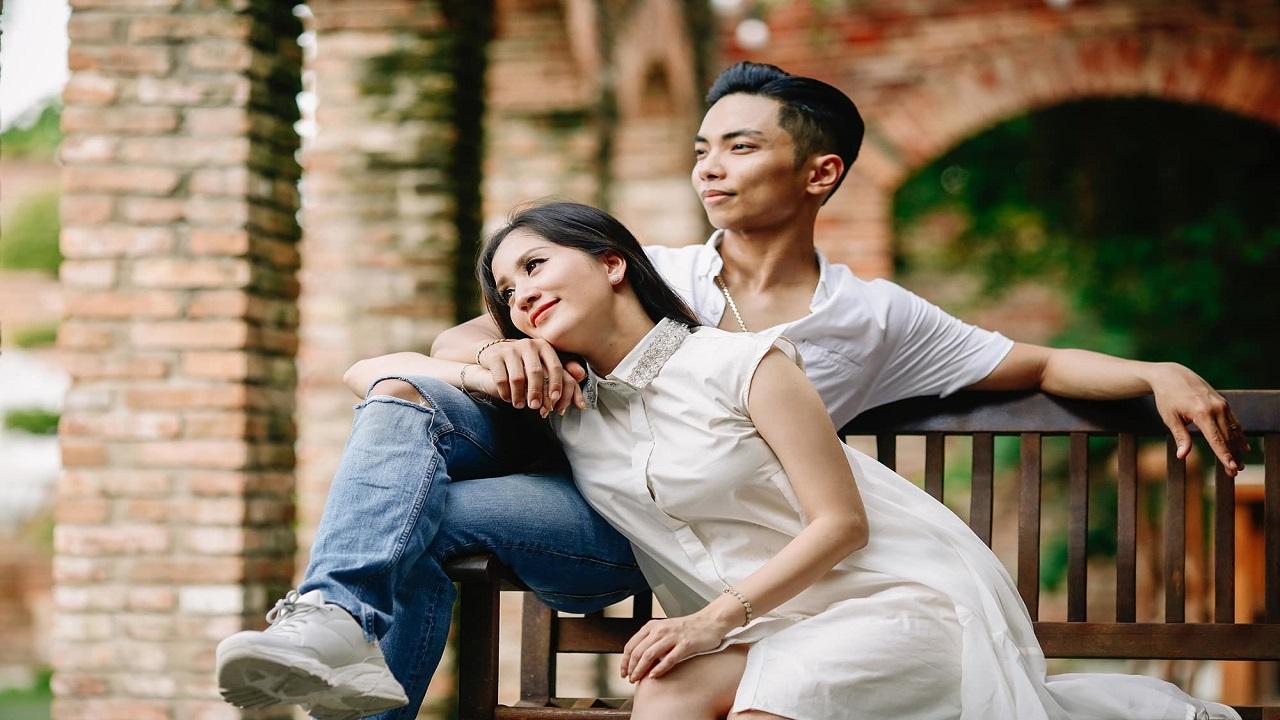 Chuyện tình Khánh Thi   Phan Hiển: Từ quan hệ cô   trò đến mối duyên vợ chồng