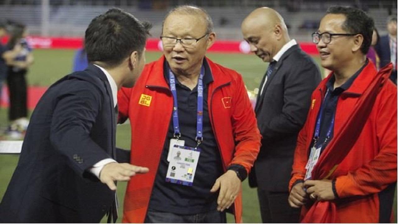 BTC Sea Games 30 cúi đầu xin lỗi HLV Park Hang Seo