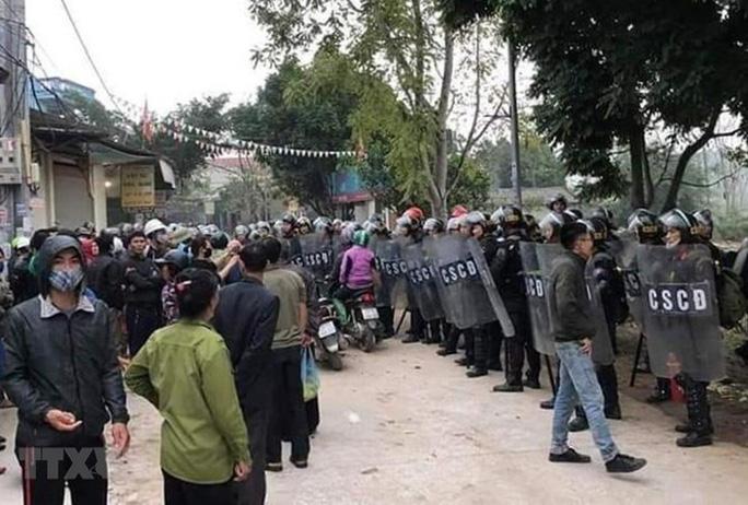Thời sự chiều 11/01: Bác bỏ thông tin có nhiều hơn 3 chiến sĩ công an hy sinh tại Đồng Tâm