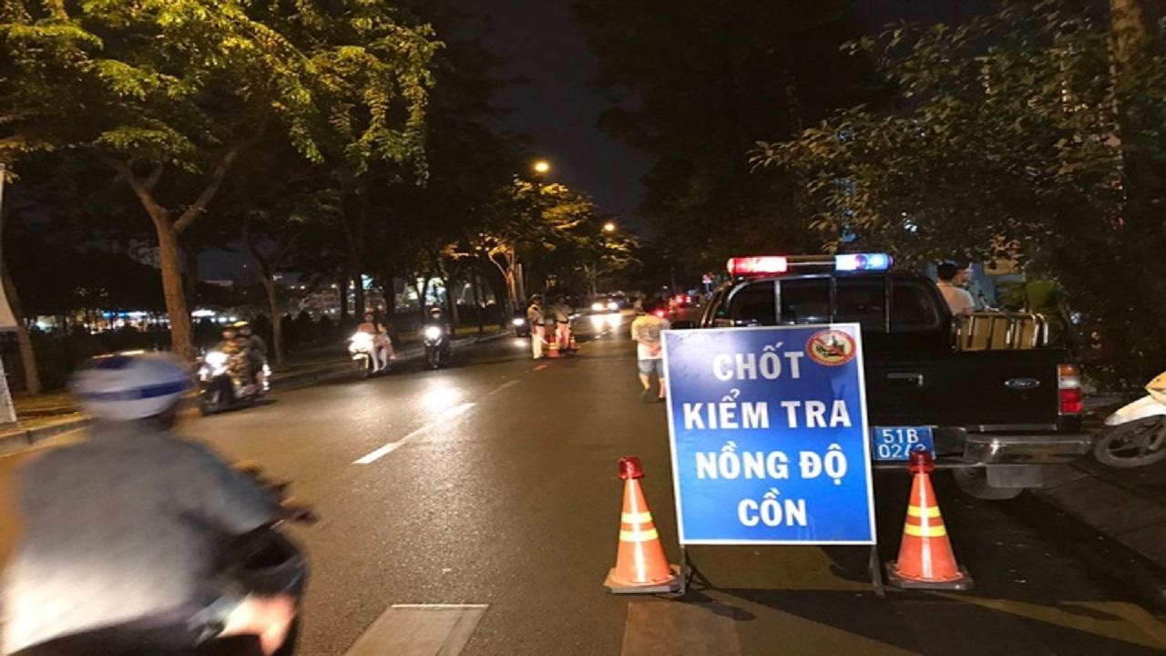 """Thời sự ngày 18/01: TPHCM Tài xế say xỉn """"bừng tỉnh"""" khi nghe mức phạt 35 triệu đồng"""