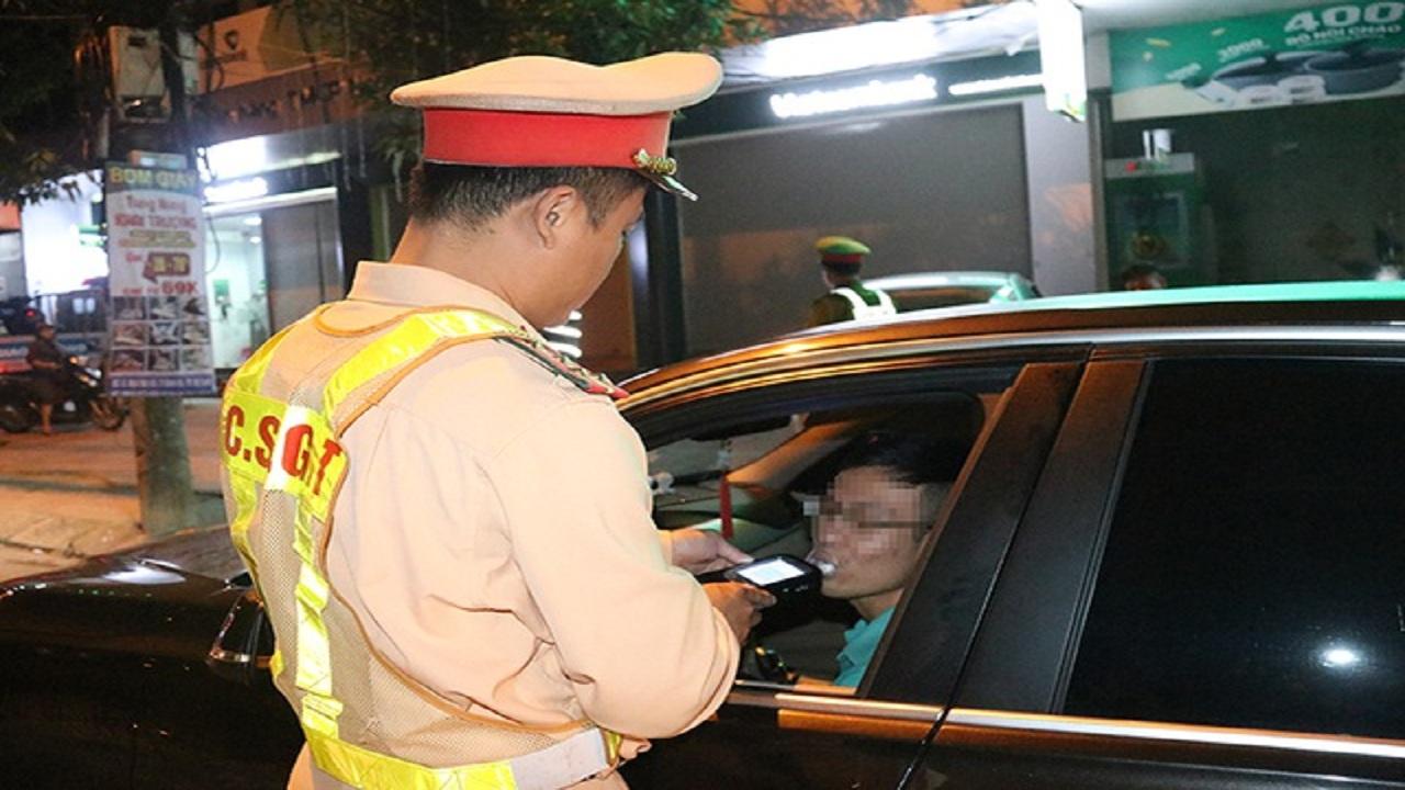 Thời sự ngày 19/01: Cảnh sát cơ động tại Hà tĩnhvi phạm nồng độ cồn