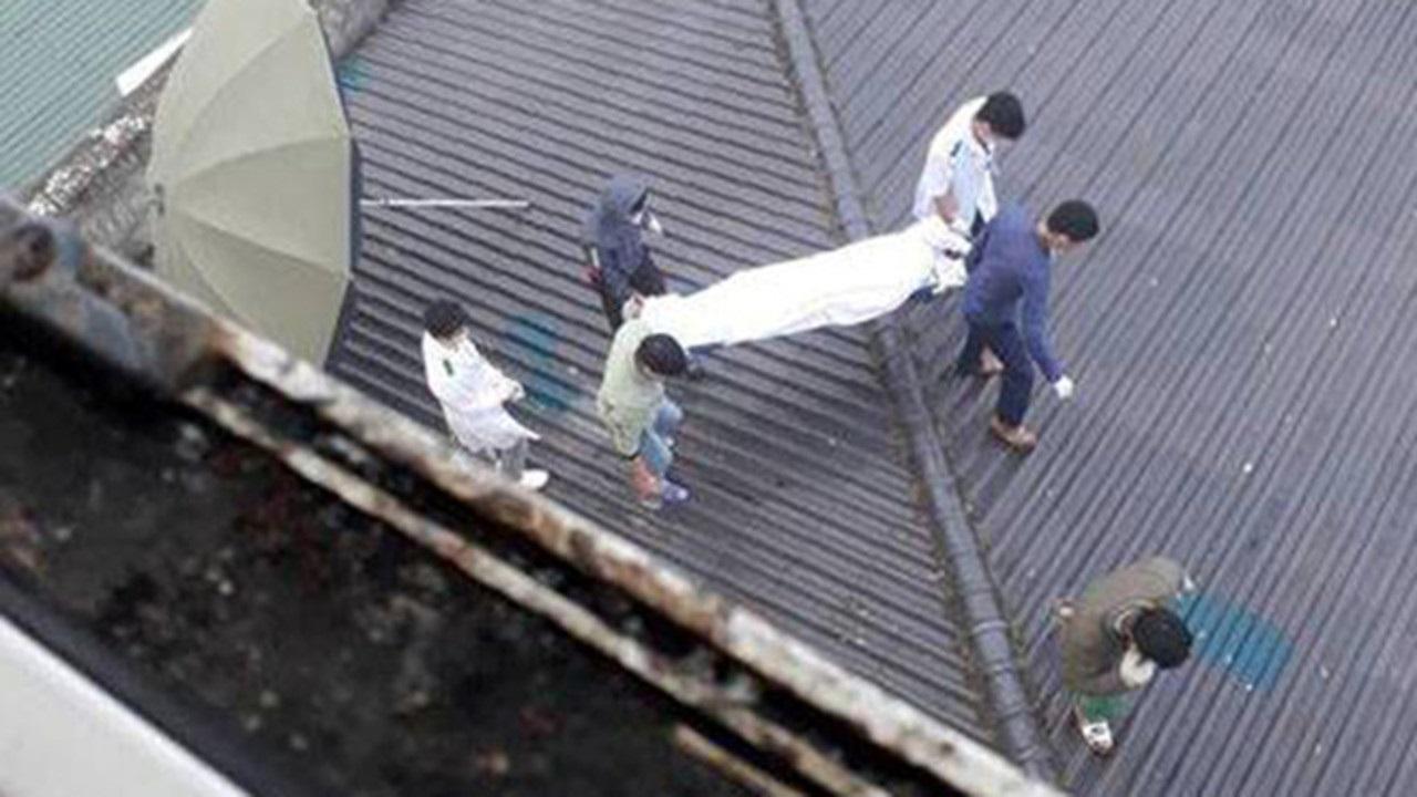 Thi thể nam bệnh nhân trên mái nhà bệnh viện đa khoa tỉnh Nghệ An