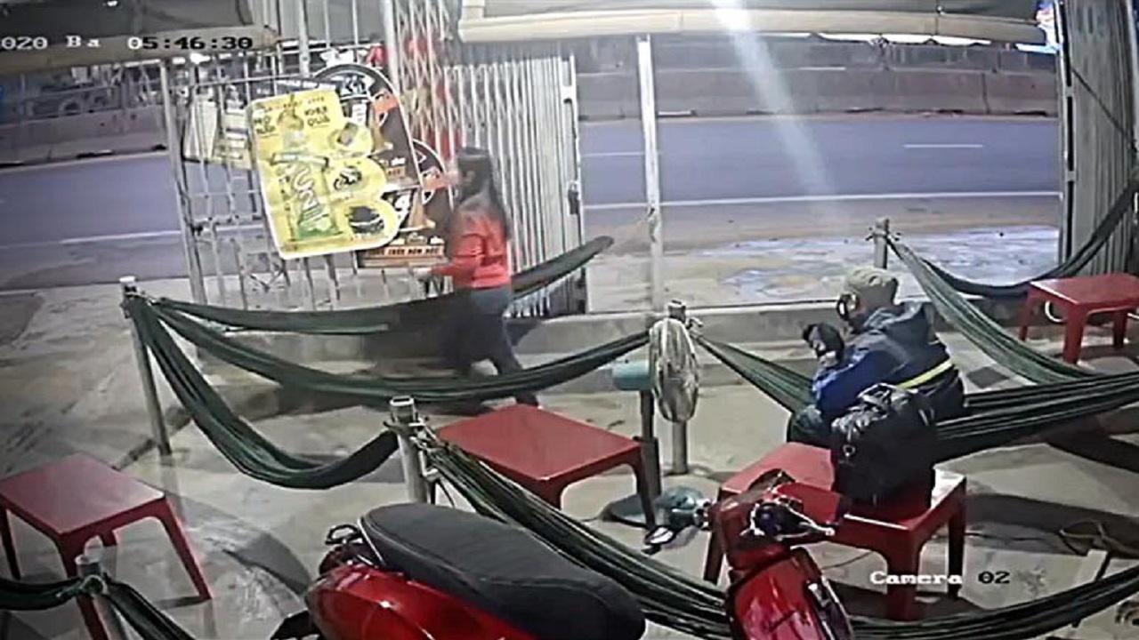 Vụ việc bất ngờ tại Bình Thuận Tên cướp dùng búa tấn công chủ quán nước