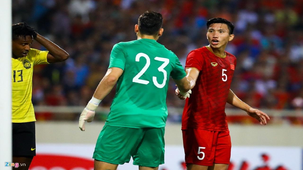 CLB Hà Nội lên phương án đưa Văn Hậu về đá V.League