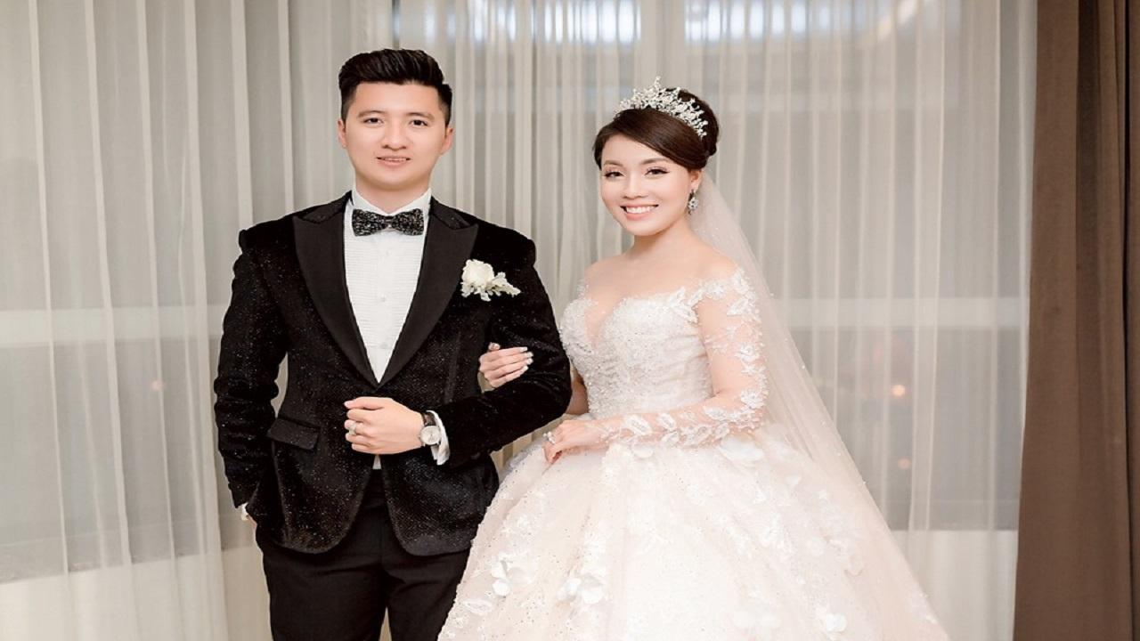 Tin Showbiz ngày 14 08 2020: Toàn cảnh vụ chia tay của giảng viên Âu Hà My và hotboy diễn viên Nguyễn Trọng Hưng